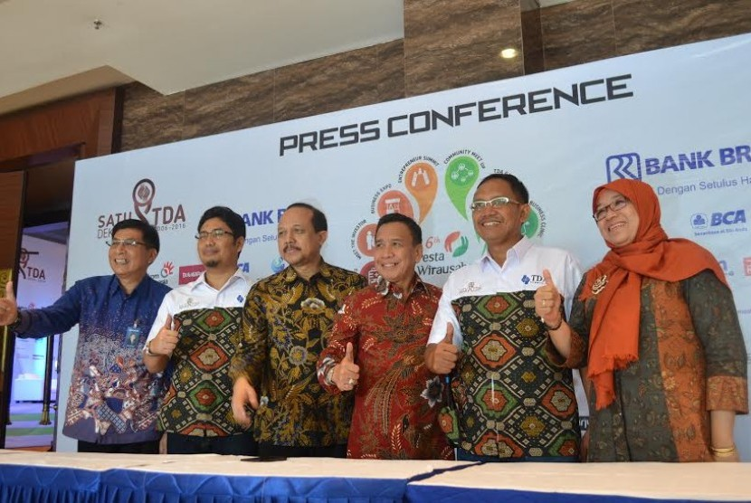Press Conference PW