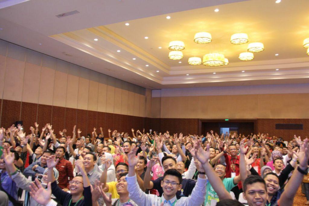 Seminar TDW di panggung utama PW