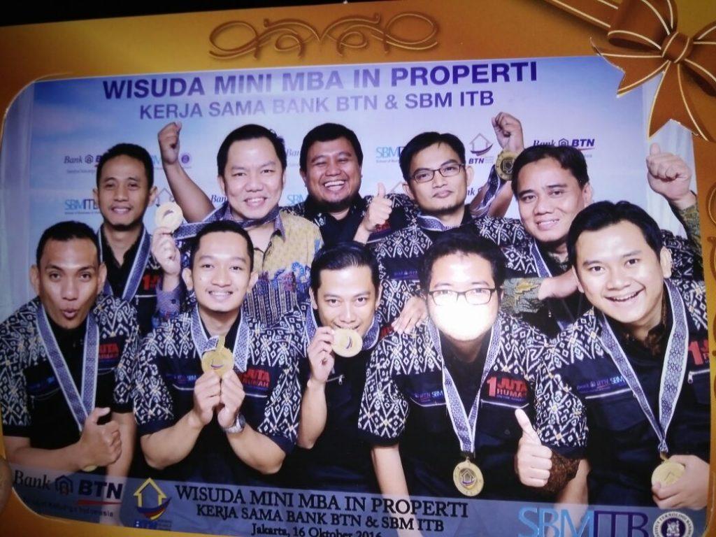 wisuda-klub-properti-2